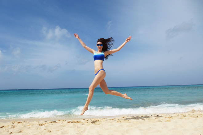Seven Mile Beach Jump! Grand Cayman, Cayman Islands