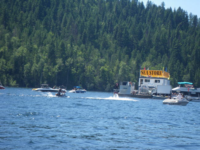 A fun day on the Shuswap! Salmon Arm, British Columbia Canada