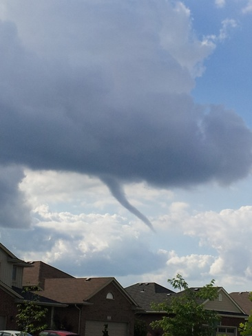 Friday Night Funnel Cloud St. Thomas, Ontario Canada