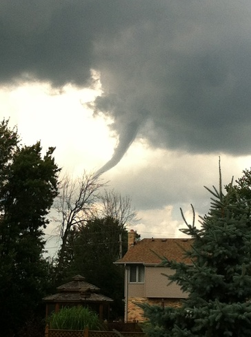 Funnel Cloud Talbotville Royal, Ontario Canada