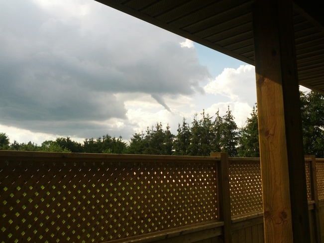 Possible Funnel Cloud? St. Thomas, Ontario Canada