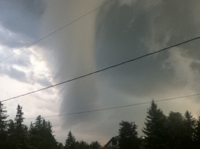tornado funnel cloud Paris, Ontario Canada
