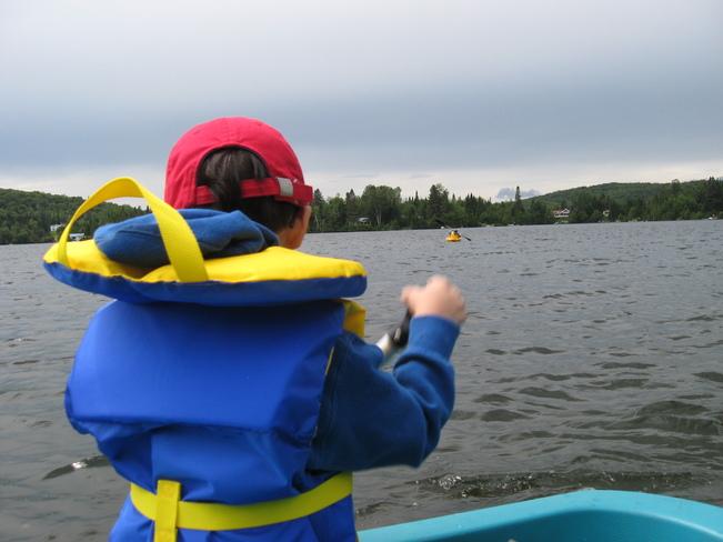 Paddling on Lac Gagnon Sainte-Agathe-des-Monts, Quebec Canada