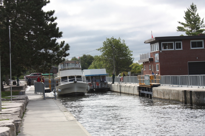 Leaving The Fenelon Falls Locks
