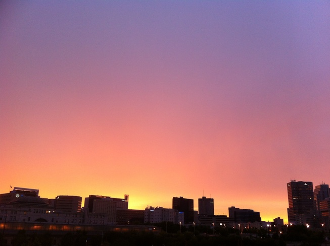 sky is on fire tonight Winnipeg, Manitoba Canada