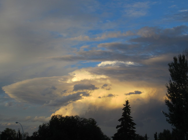 Beautiful Clouds Edmonton, Alberta Canada