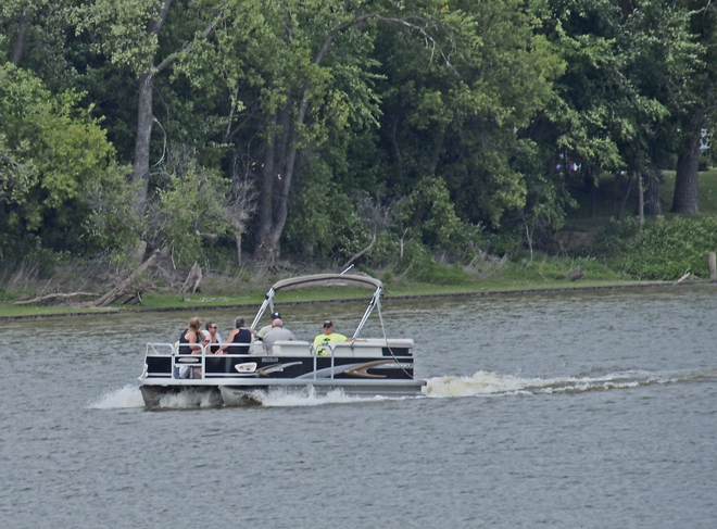 Boating on the Red River,