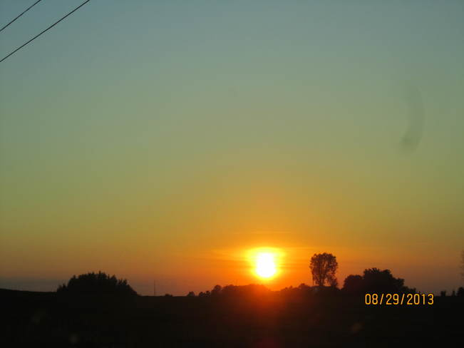 BEAUTIFUL SUNSET Newmarket, Ontario Canada