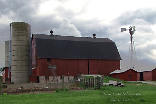 Mennonite Barn near Tillsonburg Tillsonburg, Ontario Canada