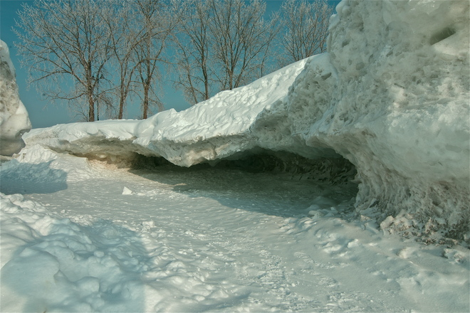 Ice Caves Crystal Beach, Ontario Canada