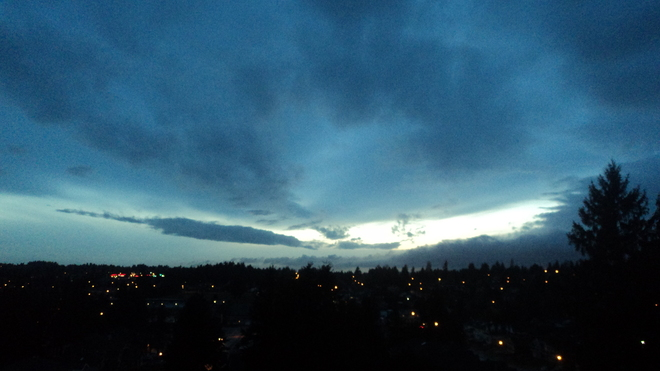 Vancouver evening sky looking west f102014 Surrey, British Columbia Canada