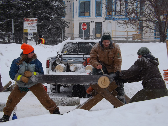 FAMILY DAY (LOG SAWING THE OLD FASHIONED WAY) Thunder Bay, Ontario Canada