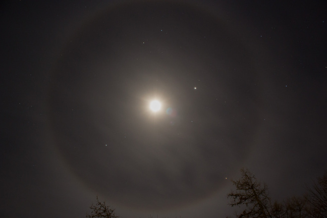 Ring around the moon Saint Andrews, New Brunswick Canada