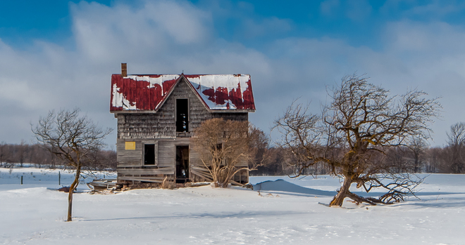 My Favorite Abandoned Farmhouse Singhampton, Ontario Canada