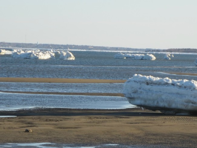 Grounded Icebergs Grande-Digue, New Brunswick Canada