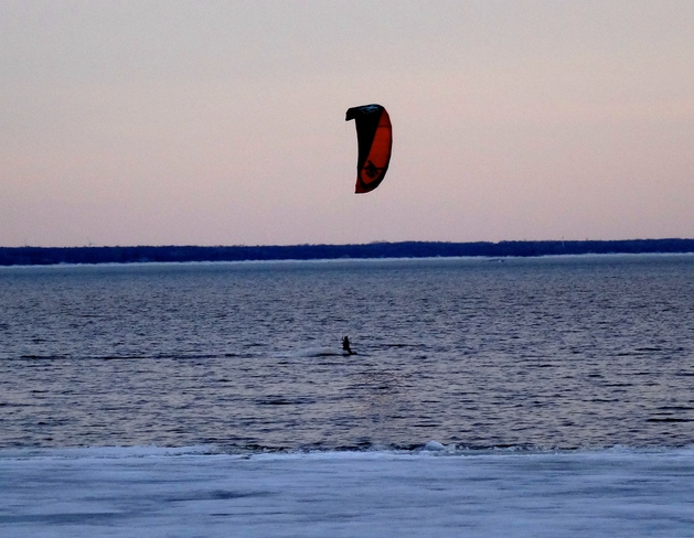 Keen Kite Surfer Pointe-Claire, Quebec Canada