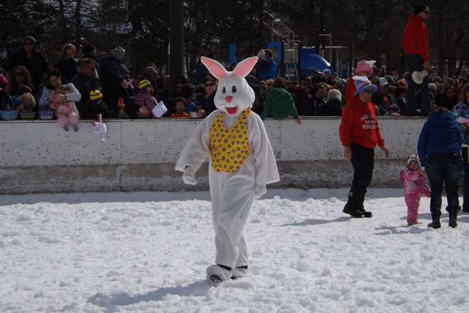 EASTER EGG HUNT Thunder Bay, Ontario Canada