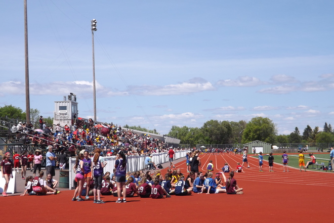 track AND field Thunder Bay, ON