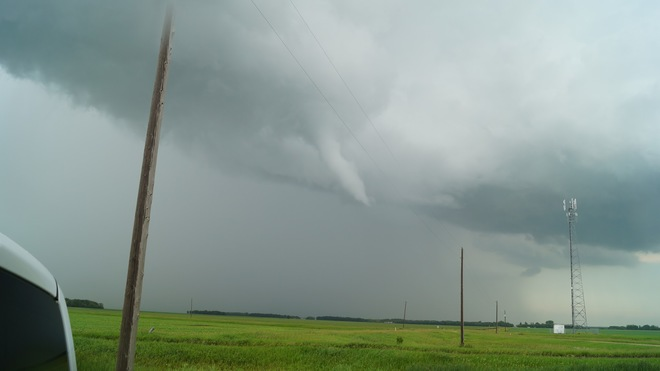 Oak Bank funnel cloud July 05, 2014 Winnipeg, MB