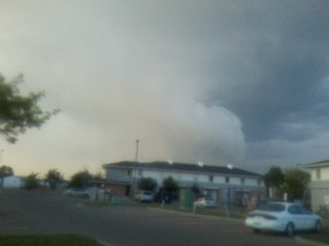 Tornado watch scary clouds 47 Spruce Avenue West, Brooks, AB T1R, Canada