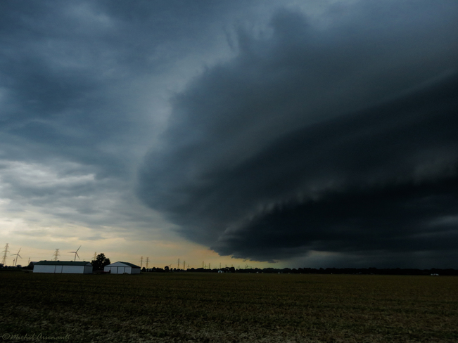 Supercell Storm Incoming Tilbury, Chatham-Kent, ON