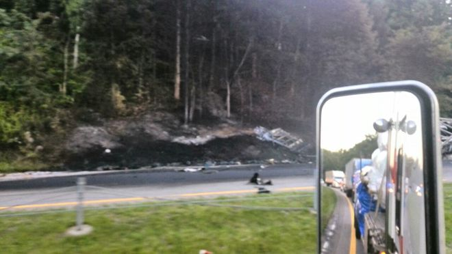 MAJOR accident in the U.S.A near knoxville TN Knoxville, TN, United States