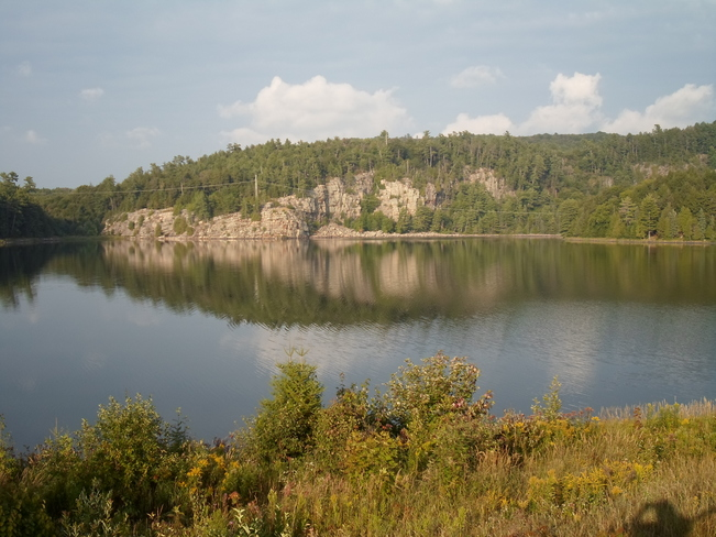 BEAUTIFUL LAKE HONE/ELLIOT LAKE.ROCK REFLECTIONS Elliot Lake, Ontario Canada