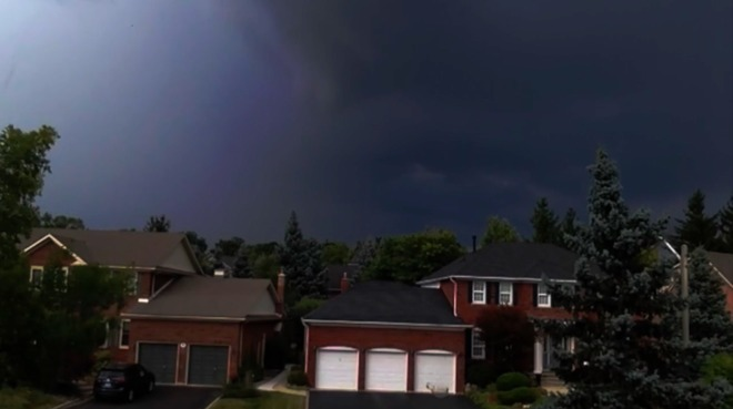 Scary Storm Clouds Pushing In... Burlington, ON