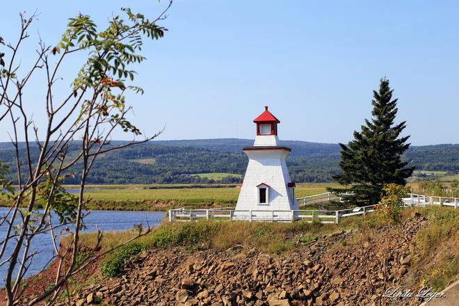 Charming Lighthouse Shepody Dam Road, Harvey, NB E4H 2M8, Canada