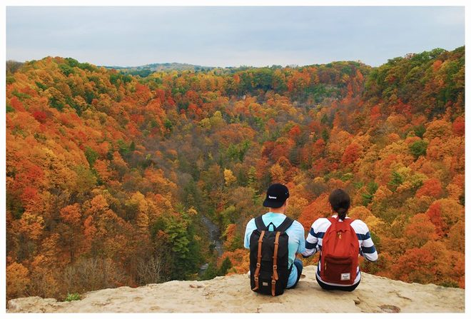 Source: https://www.theweathernetwork.com/photos/view/outdoor-activities/fall-at-dundas-peak/20621984
