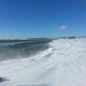 Vent, soleil et poudrerie sur la Baie des Chaleurs!