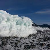 Le mont St-Joseph au loin et glaces!