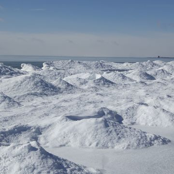 Interesting ice sculptures on the shore of Lake Erie at Wood's Point