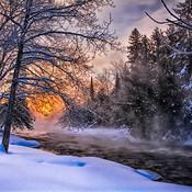 Lever de soleil dans les grands froids.