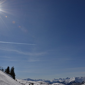 Another great sunny day at Sunshine with perfect snow conditions
