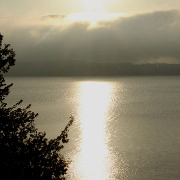 Sun shower on Lake Dubourne