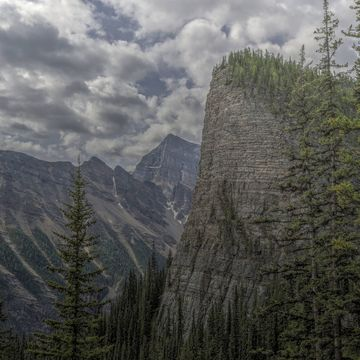 Hiking up Mt St Piran (Lake Louise area)