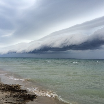 Wicked Shelf cloud off Kincardine..