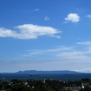 Thunder Bay's Beautiful Harbour