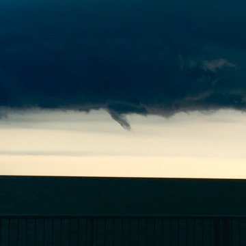 Funnel Cloud Over Lake St.Clair, Tecumseh Ontario