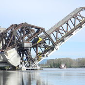 jacknife bascule bridge