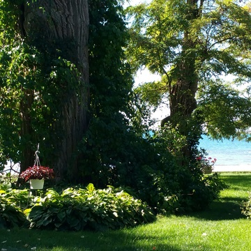 "Home-like setting at ""The Breakers on the Lake"" in Cobourg"