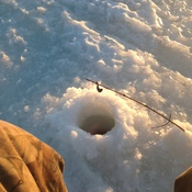 Ice fishing647-960-8634