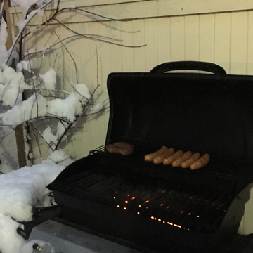 BBQ and snow