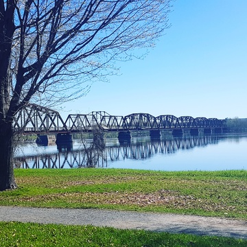 Spring day on the Saint John River