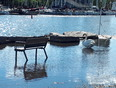 Swan bath tub - Oakville, ON