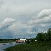 360 ° shot of the clouds around Smiths Falls from the middle of the old rail br