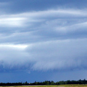 SHELF CLOUD - KINGSTON AIRTPORT