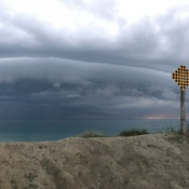 Gorgeous Shelf cloud coming into Grand Bend