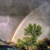 Rainbow vs lightning